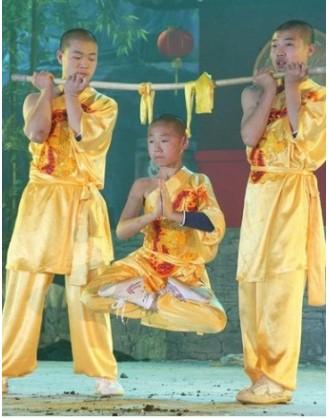 Год традиционнного шаолиньского Кунгфу | Академия боевых искусств Siping - Цзилинь, Китай