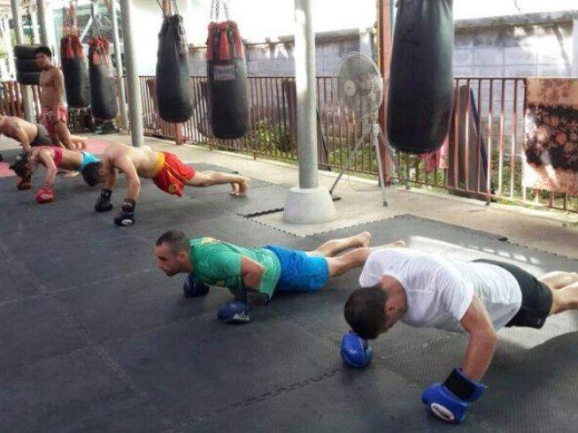 обучение тайскому боксу на Пхукете и фитнес